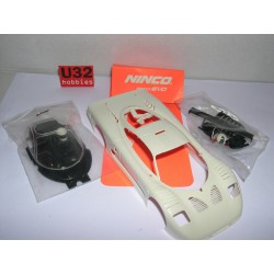 CARROCERIA MOSLER MT 900 WHITE